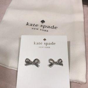💧Kate spade silver bowtie earrings 💧